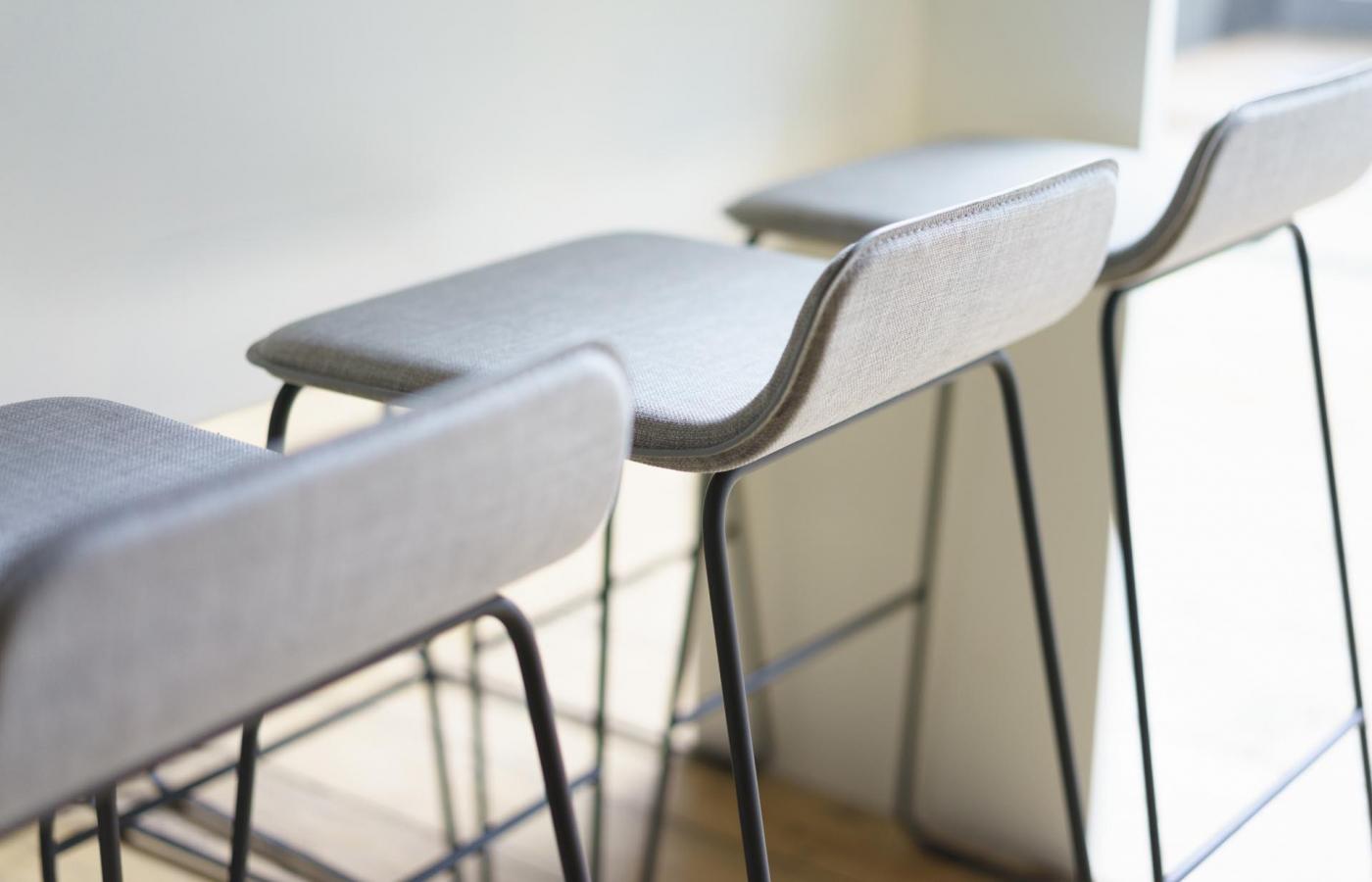 Lolli stool